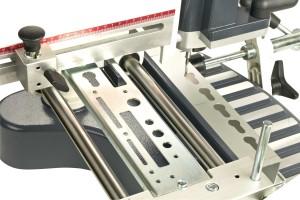 Оборудование для производства окон ПВХ, станок ÖZÇELIK STAR – фрезерование отверстий для замка
